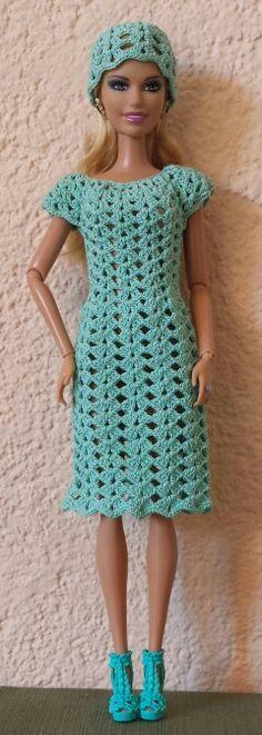 Watch This Video Incredible Crochet a Bear Ideas. Cutest Crochet a Bear Ideas. Barbie Clothes Patterns, Crochet Barbie Clothes, Doll Clothes Barbie, Barbie Dress, Clothing Patterns, Barbie Doll, Knitted Dolls, Crochet Dolls, Crochet Fashion