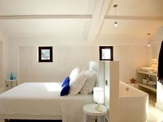 Open Bathroom, Loft Bathroom, Bedroom Loft, Home Decor Bedroom, Bathroom Plumbing, Dispositions Chambre, Hotel Room Design, Parents Room, Master Room