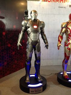 War Hammer life size statue next to iron man at Thailand Comic Con Siam Paragon Convention Center Bangkok THailand