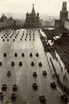 Celebrating the October Revolution (1917), Moscow, 1933
