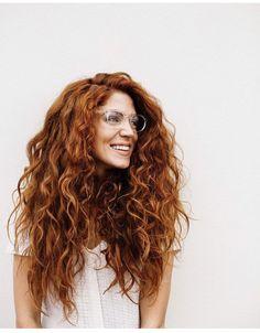 Kelsey Fields - curly hair