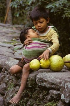 Baby wearing love it! Even though it is a baby wearing a baby. Precious Children, Beautiful Children, Beautiful Babies, Beautiful World, Beautiful People, Simply Beautiful, Cute Kids, Cute Babies, 3 Kids