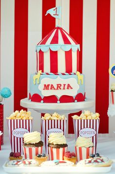 Circus party Circus Party, Birthday Cake, Desserts, Food, Tailgate Desserts, Deserts, Birthday Cakes, Essen, Postres