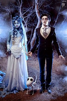 I want to do a corpse bride cosplay really bad. But I won't do it alone, and I also don't know how I feel about the blue body paint.