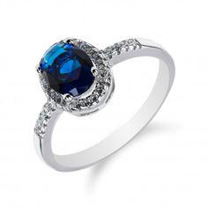 Jemný stříbrný prstýnek se safírem a zirkony