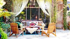 How to Create the Ultimate Backyard Oasis/Domaine Home Outdoor Dining Set, Outdoor Living, Outdoor Furniture Sets, Outdoor Decor, Outdoor Seating, Outdoor Couch, Outdoor Lounge, Wooden Furniture, Outdoor Retreat