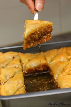 Nadire Atas On Baklava Desserts Rumor says this is the Best Baklava Recipe Ever. Now, I'm a huge baklava fan. If I can actually make this and have it turn out great, then I'm going to never leave my kitchen. I will buy the dough but use this for the rest! Just Desserts, Delicious Desserts, Dessert Recipes, Yummy Food, Tasty, Greek Desserts, Best Baklava Recipe, Lebanese Baklava Recipe, Homemade Baklava Recipe