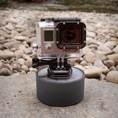 Outdoor Hack: Create a 360-degree time-lapse panorama with a rotating egg timer.
