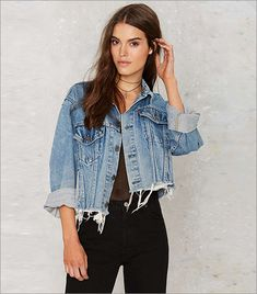 After Party Vintage Hillary Cropped Jacket - Clothes After Party crop denim jackets for woman - Woman Denim Jacket Bleached Denim Jacket, Distressed Jean Jacket, Cropped Denim Jacket Outfit, Diy Jeans, Jean Vintage, Vintage Denim, Vintage Woman, Vintage Jacket, Vintage Leather