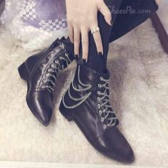 cool Shoespie Lace-up Chain Decoration Flat Boots