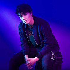 - Good boy gone wild is Edward Barber ( as F&H's ( newest endorser. Photography by Makeup by Hair by Nails by - Easy Breezy Beautiful Covergirl, Filipino Models, Levi Miller, Beauty Ad, Shaquille O'neal, Celebs, Celebrities, Celebrity Crush, Kos