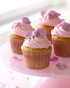 Rose petal cupcakes