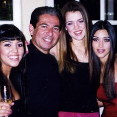 Kardashian Sisters Pay Tribute to Late Dad Robert Kardashian - Trending in Pop Culture Koko Kardashian, Robert Kardashian Jr, Kardashian Family, Kardashian Jenner, Kendall Jenner, Louis Vuitton Dress, Kanye West And Kim, Jenner Family, Bandana Hairstyles