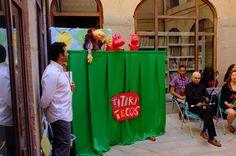"Los Titiritecos representan ""La Princesa Bailona"""