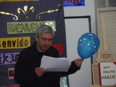 Espectáculo poético «A poesía é un globo», de Fran Alonso, As Pontes de García Rodríguez, 2009.