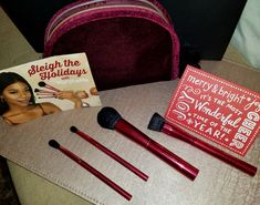 December's Theme was Sleigh the Holidays and OMG these brushes are the bomb.com. They are a reddish/cranberryish color that will brighten up those vanities. I absolutely love them.  Brushes R…