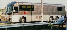 old and new bus photos Star Bus, Bus Motorhome, Prevost Bus, Coach Travel, Buses For Sale, Luxury Bus, New Bus, Travel Style, Fun Travel