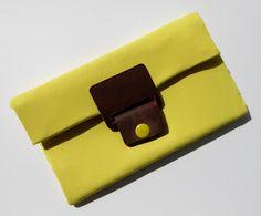 Lemon clutch by ilariatj
