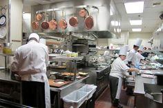 10 cuidados essenciais na hora de cozinhar - http://superchefs.com.br/10-cuidados-na-hora-de-cozinhar/ - #Cuidados, #CuidadosNaCozinha, #DicasDeGastronomia, #Gastronomia, #Listas, #Superchefs, #SuzanaSiciliano