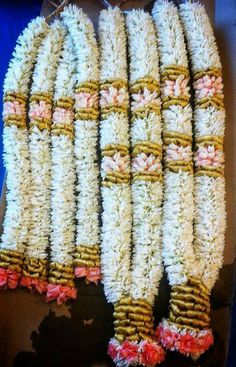 Flower Garland Wedding, Floral Garland, Flower Garlands, Wedding Flowers, Wedding Garlands, Wedding Stage Decorations, Backdrop Decorations, Indian Wedding Stage, Tamil Wedding