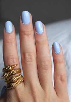-Love the bird claw ring, paint job on the nails though is not so good :(