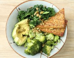 Etc Inspiration Blog Green Rice Bowl And Marinated Tempeh Recipe Via Health Is Happiness Nutritious Healthy Clean Eating Ideas Close Up