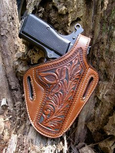 Browning Hi-Power, Tooled Leather Holster 1911 Leather Holster, 1911 Holster, Custom Leather Holsters, Pistol Holster, Leather Carving, Leather Tooling, Tooled Leather, Western Holsters, Leather Working Patterns