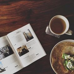 ++ simple breakfast & reading @HelloSandwich new tokyo zine.