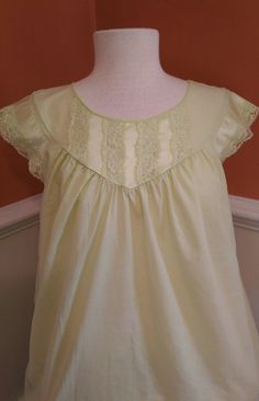 Vintage Ladies Nightgown with Lace Trim in Pale Green/Yellow Tone by Sears
