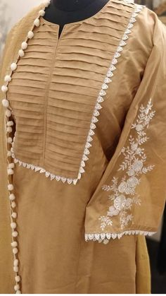 Neck Designs For Suits, Neckline Designs, Sleeves Designs For Dresses, Dress Neck Designs, Stylish Dress Designs, Pakistani Fashion Party Wear, Pakistani Dresses Casual, Pakistani Dress Design, Stylish Dress Book