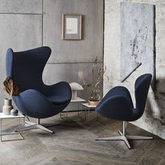 Fritz Hansen Swan Chair by Arne Jacobsen No straight lines, only curves. Originally designed for the lobby and lounge areas of the Royal Hotel in Copenhagen,. Pink Desk Chair, Egg Chair, Swivel Chair, Chair Cushions, Ikea Chair, Plywood Furniture, Herman Miller, Arne Jacobsen Chair, Illustration Simple