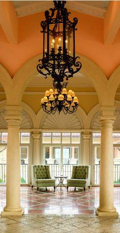 Platz 9 im Ranking der besten Karibik-Hotels: Ritz-Carlton, St. Thomas, Amerikanische Jungferninseln. Hier geht es zur Top 11: http://www.travelbook.de/welt/Zum-Wegtraeumen-Die-besten-Ferienresorts-in-der-Karibik-566838.html