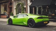 Green car loans are now being introduced in countries like Australia to encourage car buyers to buy fuel efficient and environmentally friendly cars. Lamborghini Vert, Ferrari, Lamborghini Huracan, Lamborghini Photos, Moto Cbr, Bugatti, Car Safety Features, Supercars, Luxury Cars