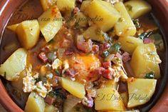 Patatas con huevos al pimentón