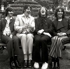 The Beatles: Love, love, love : Photo