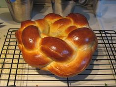 The finished four-braid wreath challah.