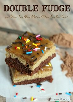 Super delicious Double Fudge Brownie recipe on { lilluna.com } #brownies