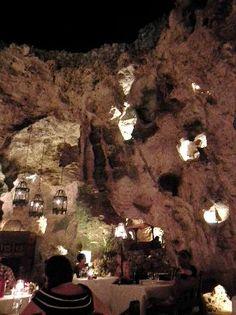 Ali Barbour's Cave Restaurant, Diani Beach, Kenya