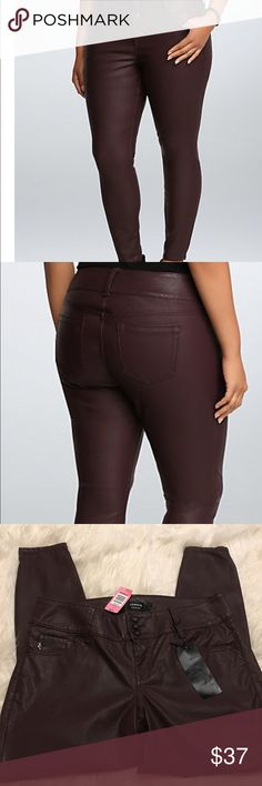 "🎉Host Pick🎉Torrid Premium Faux Leather Jegging Size 14, length 27""....NWT, Sold Out Online, super sexy faux leather with the feel and stretch of a Jegging, color: oxblood, 3 Button high rise waist with 5 pocket design...Host Pick 1/31 Everything Plus Size Party torrid Pants Skinny"