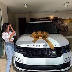 My Dream Car, Dream Cars, Top Luxury Cars, Luxury Suv, Luxury Lifestyle Fashion, Lux Cars, Fancy Cars, Future Car, Car Accessories