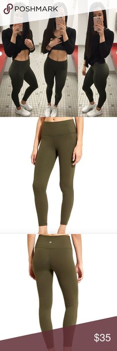 Athleta leggings Forest green size small athleta leggings! Worn 3 times, they're just too big on me now. Athleta Other