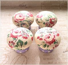 Wooden door knob made with Cath Kidston chelsea roses paper - 45 mm - for drawers, wardrobes, bedside & kitchen cabinets