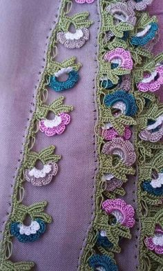 125 diagnosis players writing edges all beautiful Crochet Stitches Free, Crochet Edging Patterns, Crochet Motifs, Crochet Borders, Crochet Doilies, Beginner Crochet Projects, Crochet For Beginners, Crochet Cushions, Hand Embroidery