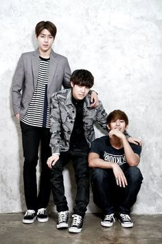 Dokyun, Yijeong and Kyungil - History Music Love, Pop Music, New Bands, Asian Boys, Pop Group, The Dreamers, Kdrama, Pop Culture, Handsome