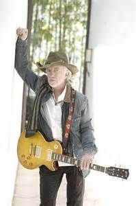 Brad Whitford Guitarist - Bing Images Guitar Pics, Guitar Solo, Rock And Roll Bands, Rock N Roll, Brad Whitford, Steven Tyler Aerosmith, Les Paul, Bad Boys, Hipster