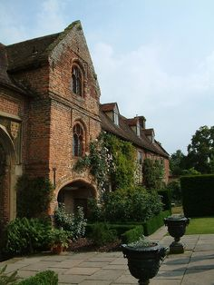 Built in the mid 16th century by Sir Richard Baker. One of the first brick houses considered so magnificent that Queen Elizabeth 1 chose it for a 3 day visit. Vita Sackville-West and her husband Sir Harold Nicholson rescued it from neglect in 1930 and created the wonderful gardens. / by Eric Hardy, via Flickr