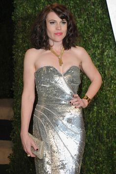 new amazing people Clea Duvall, Best Picture Winners, Pure Fun, Strapless Dress Formal, Formal Dresses, Vanity Fair Oscar Party, Silver Dress, Red Carpet Looks, Hollywood Glamour
