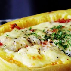 Quiche Recipes Discover Spaghetti Squash Gratin A meaty cheesy onion-y mix baked right in the squash now thats just smart cooking. Vegetable Dishes, Vegetable Recipes, Vegetarian Recipes, Chicken Recipes, Low Carb Recipes, Cooking Recipes, Healthy Recipes, Cooking Tools, Pizza Recipes