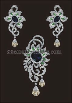 Jewellery Designs: Exclusive Diamond Locket with Paint Indian Wedding Jewelry, Indian Jewelry, Bridal Jewelry, Beaded Jewelry, Diamond Necklace Set, Diamond Pendant, Pendant Design, Pendant Set, Gold Jewellery Design