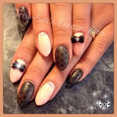 Almond Peach with Matte Black by TraiSeasEscape from Nail Art Gallery